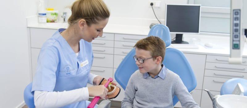 Mit den Kids zum Zahnarzt